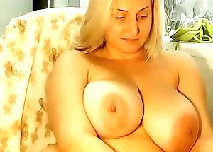 Blonde shows off  nice tits on cam chat