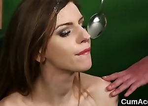 Flirty sex kitten gets jizz saddle with on her face eating all the charge