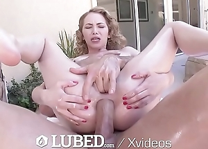 LUBED Skinny Ivy Wolfe lubed up open-air big dick fuck and facial