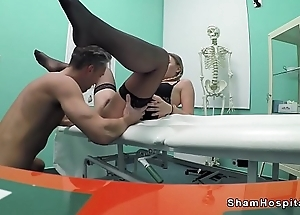 Cleaning lady in stockings bangs doctor